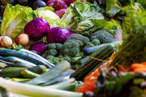 Como organizar uma geladeira_legumes